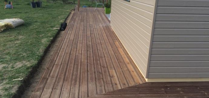 Terrasse poser sur lambourde et plots réglable